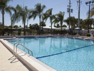 1 Bdrm Rental on Beautiful 55+ Resort in Sebring!