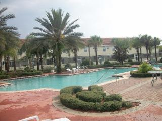 Town home in a gated community near Disney, Kissimmee