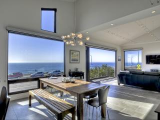 New Oceanfront Residence - Truly Spectacular!, Carlsbad