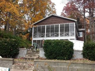 Completely Furnished Comfortable House on Lake, Copake