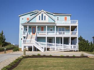 Fantastic Oceanfront Getaway Retreat - New in 2015, Duck