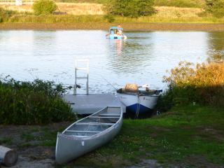 Lakefront Family Getaway, Fishing, Water Sports, Gearhart