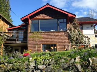 West Seattle Vacation Home, 5 minutes to Beach, Seahurst