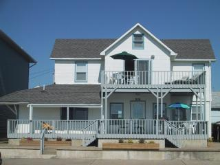 Ocean front 5BR house in Bradley Beach