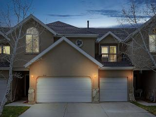 Beautiful Home at the Base of the Wasatch Mtns., Cottonwood Heights