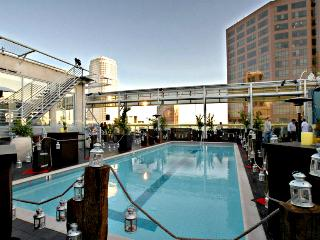 VIP Luxury High Rise in Stunning DTLA Complex, Los Angeles
