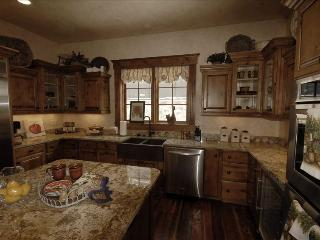 Luxurious Home, Private Gondola Access, Amenities, Steamboat Springs
