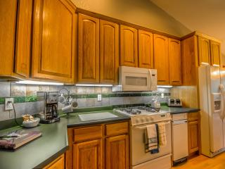 Fantastic Location! Book 4 Nights Get 1 Free!, Steamboat Springs