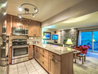 The Ultimate Ski-in Condo,Book 4 Nights Get 1 Free, Steamboat Springs