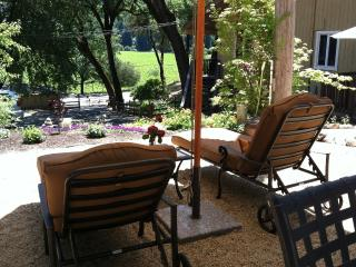 Wine Country Get Away in the Heart., Healdsburg