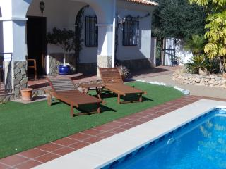 Secluded and private, full air-con, three bedroom, Alcaucin