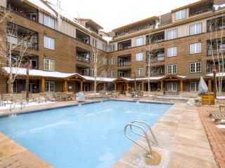 2BR Keystone Condo w/Beautiful Mountain Views - Great Family Friendly Location in River Run Village