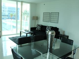 Wonderful 2 Bedroom Apartment with Great View, Miami