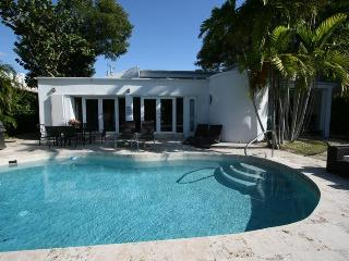 Jan 3-31$3900/wk,Feb1-8$3900/wk,Waterfront, Miami Beach