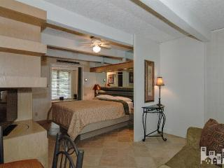 Cute privately owned condo, Wrightsville Beach