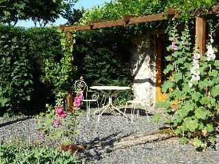 Cosy cottage for two in heart of rural France, Arnac-Pompadour