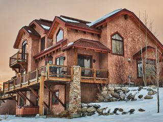Berghaus Chalet - North, Steamboat Springs