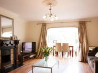 Stunning townhouse in city centre, Dublin