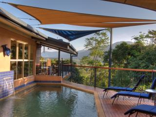 Kooka's Bed And Breakfast, A tropical Haven, Cairns