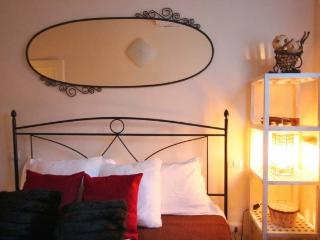 Gioberti Chic 2 Bedrooms Apartment, Florence