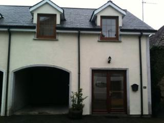 Perfectly located townhouse., Graiguenamanagh