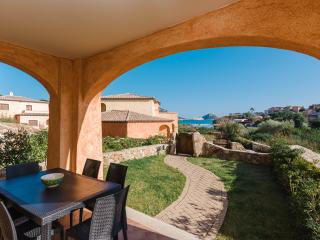 New apartment with garden with 3 bedrooms, Golfo Aranci