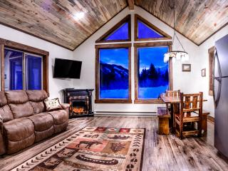 Luxury Cabin on 160 Acres In the Crazy Mountains!, Big Timber