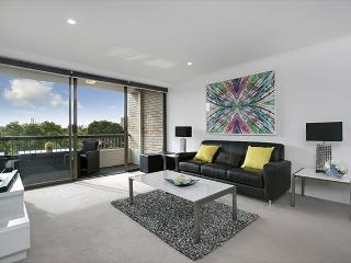 CREM4 - Newly renovated immaculate 1 bedroom, Sydney