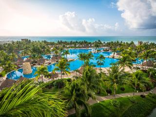 Grand Luxxe Cancun, voted one of top 5 resorts
