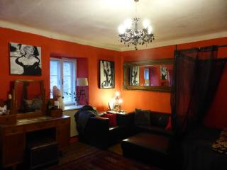 Red Room at Decadent Art Club, Cesky Krumlov