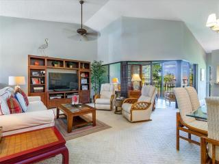3 BR/2 BA Upper Condo - 2016 High Season, Sarasota