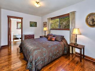 Owl Hill Cottage- In the West Sonoma Wine Country, Sebastopol