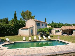 St-Rémy-de-Provence,beautiful landhouse 8p. private pool, Saint-Remy-de-Provence