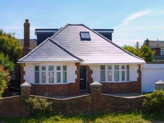 Spacious family house, Camber Sands, nr beach