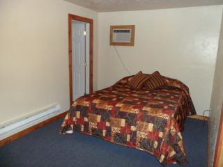 South Fork Inn and Grille, Room 4, Irwin