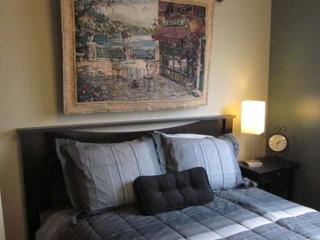 Cozy Full Bedoom 2 mi to downtown with Parking, Salt Lake City