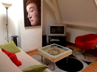 Charming Top-Floor Jordaan Apartment, Amsterdam