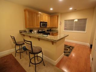 Portland Executive and Vacation Townhome, Beaverton
