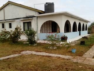 4 Bedroom Furnished Beach Villa, Mombasa