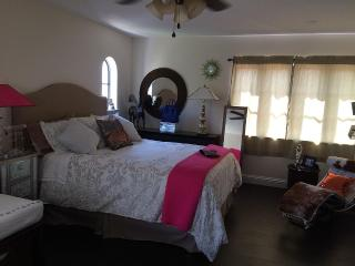 Lovely Guest House In Historical Area Of Downtown, West Palm Beach