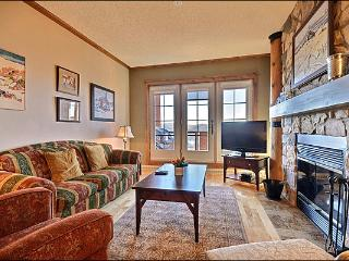 Magnificent Lake and Mountain Views - Common Hot Tub (6068), Mont Tremblant