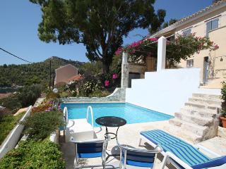 Blue Note House Villa with private pool in Assos
