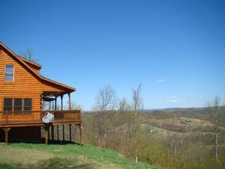 Private Mountain Top Cabin on Blue Ridge Parkway, Fancy Gap