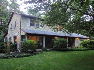 Spacious Family Retreat, nr skiing, 2hrs from NYC, Woodstock