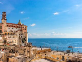 The Sirens, house on the Amalfi Coast, sea view, Atrani
