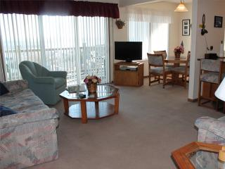 2 Bedroom 2 Bath Private Deck Units - 912, Indian Point
