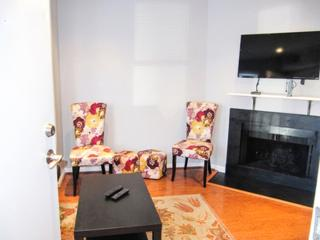 LUXURIOUS AND MODERN 1 BEDROOM APARTMENT, Fairlawn
