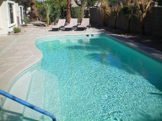 Completely Renovated Home- with Pool in Sun City, Palm Desert