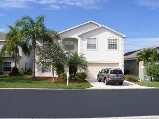 Exclusive Two Storey, 4 bedroom Pool Home, Fort Myers