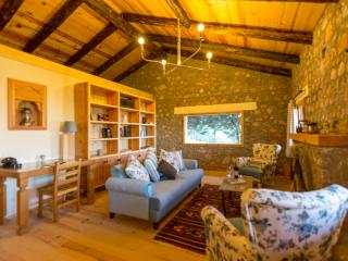 Wolf Trail Cottage, Bayir Village, Selimiye
